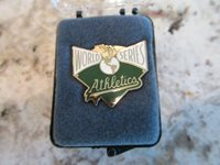 1990 OAKLAND ATHLETICS A'S WORLD SERIES PRESS PIN BALFOUR ORIGINAL BOX