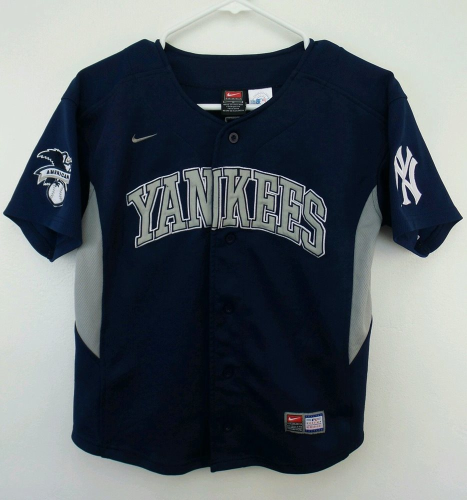 Vintage Nike MLB New York Yankees Derek Jeter Baseball Jersey SizeYouth  M(12,14)