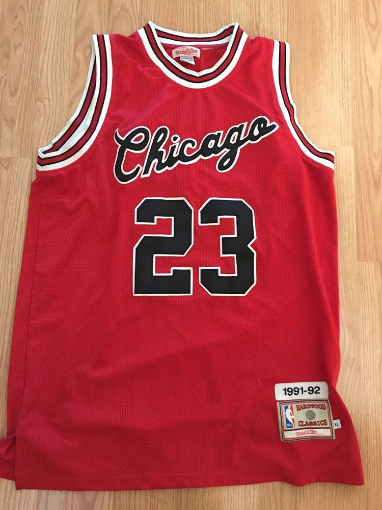 best website f7bba 4e88e Mitchell And Ness Chicago Bulls Michael Jordan Jersey 48 XL 1991-92  hardwood red