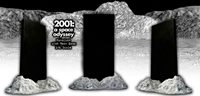 2001: A SPACE OYSSEY 1/6TH SCALE MONOLITH AND MOON BASE