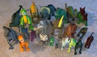 USED 22 Piece Plastic dinosaur toys lot Mixed