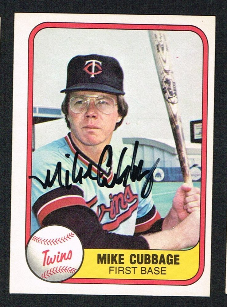 Mike Cubbage 566 Signed Autograph Auto 1981 Fleer Baseball Trading Card