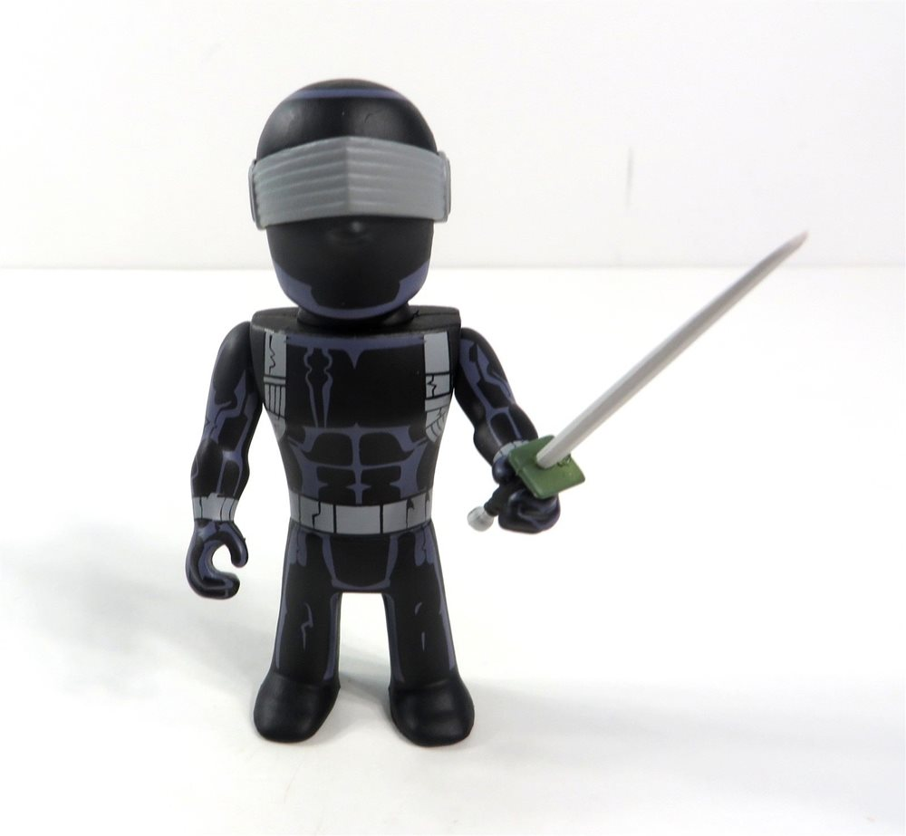 Joe 3-Inch Vinyl Mini-Figure Snake Eyes G.I Kidrobot Transformers VS