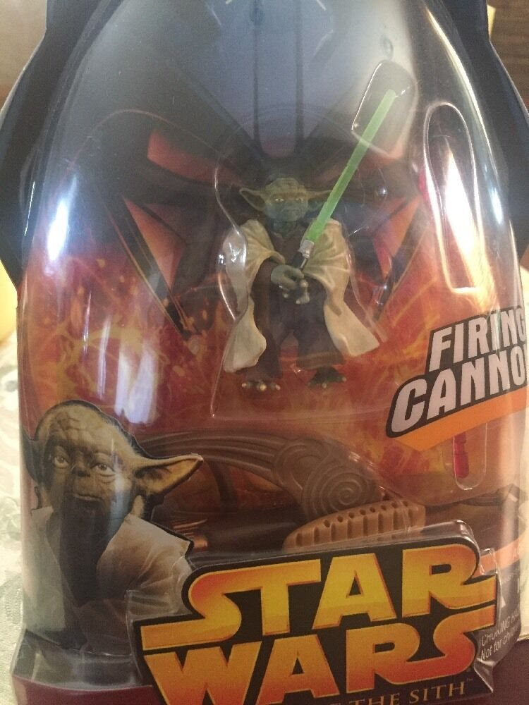 Hasbro Star Wars Revenge Of The Sith Yoda Firing Canno