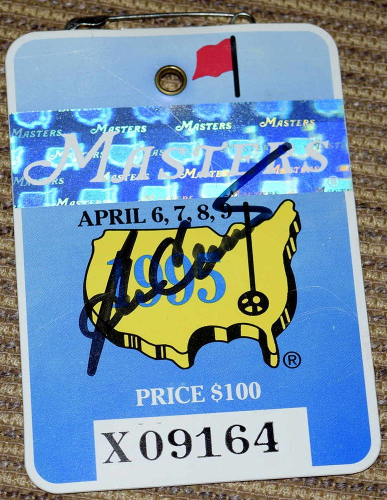 8e809d16680 BEN CRENSHAW Signed 1995 MASTERS Badge   2x Champion. Click To Enlarge