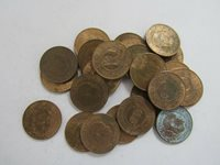 Lot of 25 Old Sierra Leone 1964 Half Cent Coins - Circulated