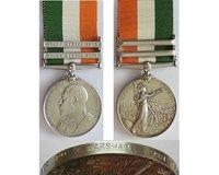 CM0049. KINGS SOUTH AFRICA MEDAL 1902 2 bars - Scottish Rifles