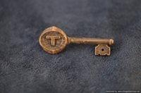 SMGA-396 Silver Key Pin