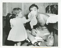 1954 ROCKY MARCIANO & Daughter MARY ANNE Vintage Boxing Photo GROSSINGER, NY
