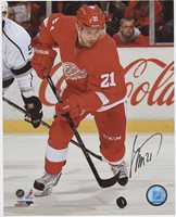 TOMAS TATAR DETROIT RED WINGS SIGNED 8x10 PHOTO w/ COA