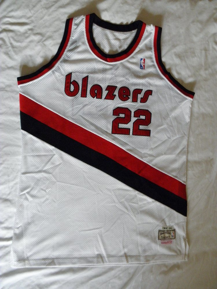 new concept 2f601 2062c Mitchell Ness M&N Authentic Clyde Drexler Jersey s 54 2XL Portland Trail  Blazers