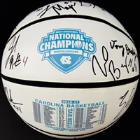 2016-17 NORTH CAROLINA TAR HEELS TEAM SIGNED BASKETBALL JACKSON BERRY PSA/DNA