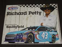 2015 RICHARD PETTY #43 SMITHFIELD NASCAR POSTCARD