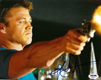 Luke Hemsworth Signed Kill Me Three Times Autographed 8x10 Photo PSA/DNA #Z36971