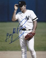 GAYLORD PERRY NEW YORK YANKEES ACTION SIGNED 8x10