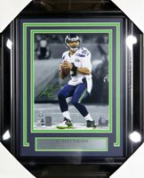 RUSSELL WILSON AUTOGRAPHED FRAMED 8X10 PHOTO SEAHAWKS SUPER BOWL RW HOLO 126528