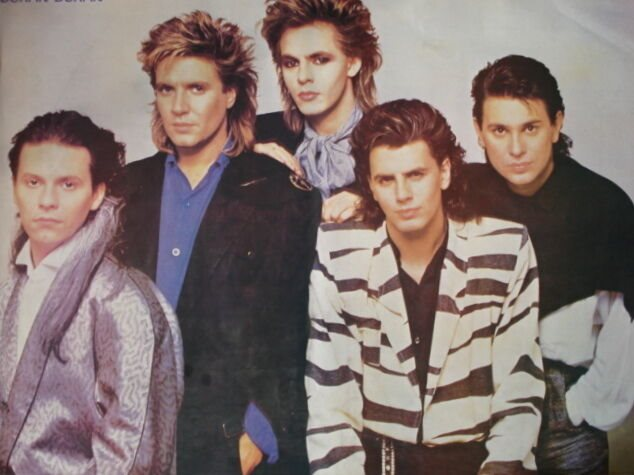 DURAN GROUP WEARING 80S NEW ROMANTIC OUTFITS P