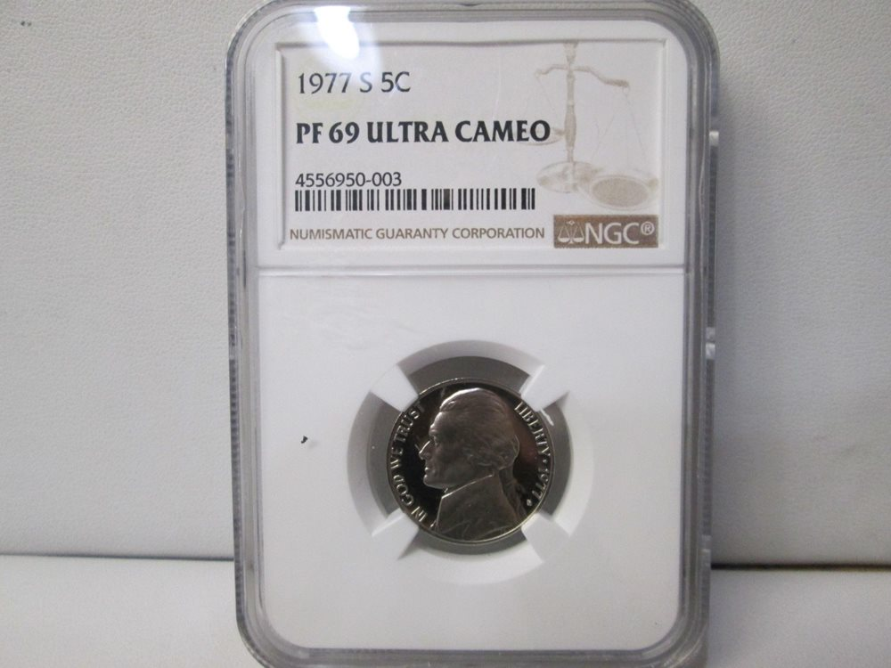 2019 S Proof 5C Nickel NGC PF70 ULTRA CAMEO FR in 10-coin-silver-set Jefferson