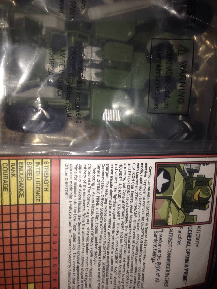 Botcon 2015 Transformers Attendee Exclusive G2 General Optimus Prime New