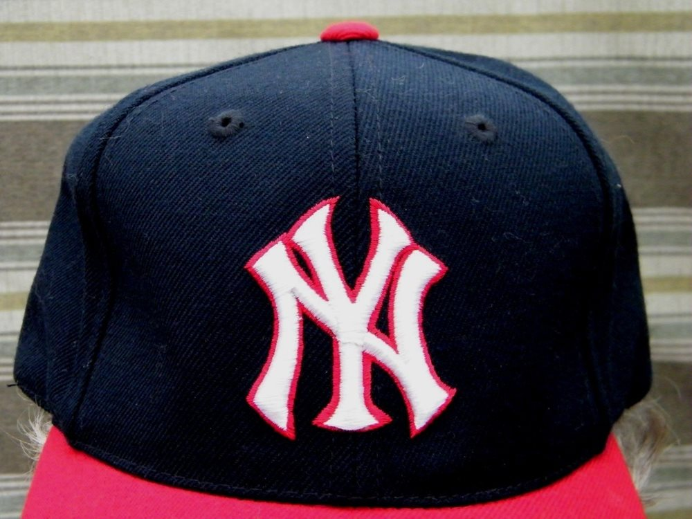 New York Yankees Mlb Official Merch Grosscap Brand Base