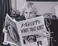 Penelope Ann Miller SIGNED 8x10 Photo Doris The Artist PSA/DNA AUTOGRAPHED
