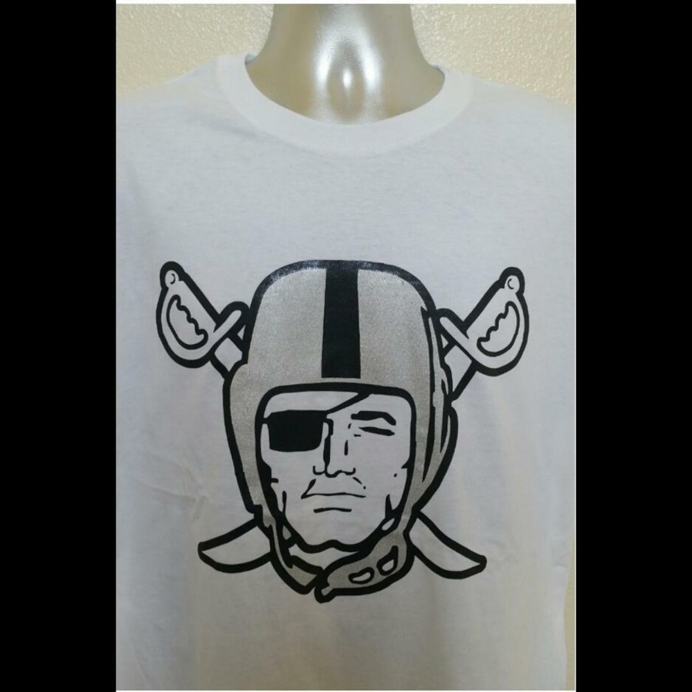 OAKLAND RAIDERS T-SHIRT TANK TOP FREE RAIDER FACESHIELD WITH PURCHASE
